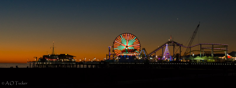 Xmas Santa Monica Pier - Los Angeles Day 1 post
